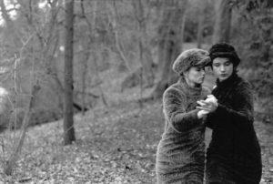 l: Pépé Smit r: Martine Berghuis photo by Jan Schut produced by SNG Film